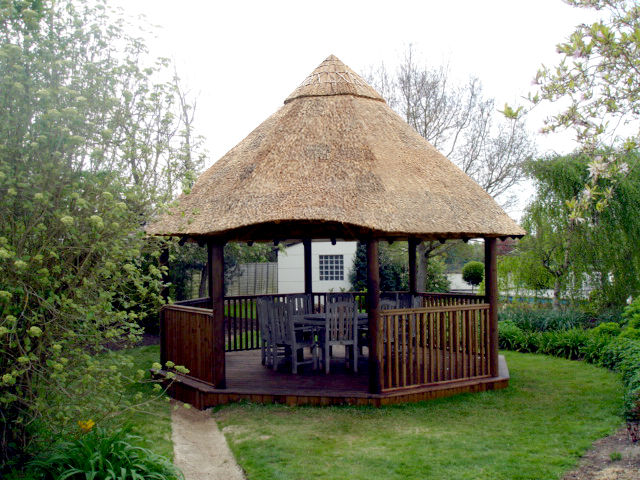 Knowabout Thatch Roofing