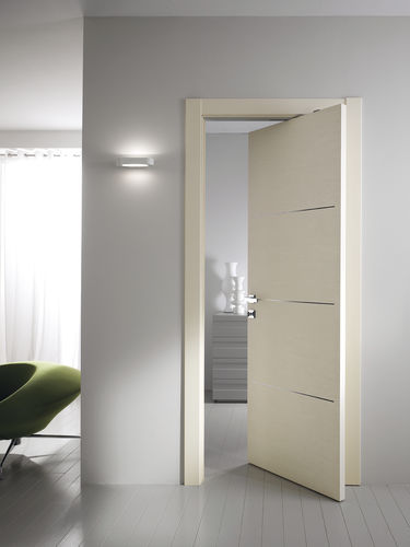 Pivoting door with offset axis / laminate STILIA : TRUC GIDEA