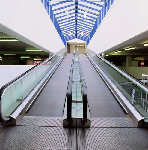 Inclined moving walkway / outdoor KTC TYPE KLEEMANN