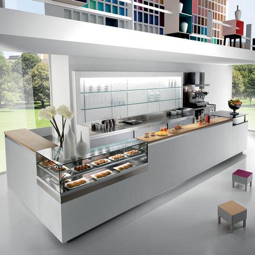 In un settore estremamente competitivo come l'architettura d'interni,. Bar Counter Studio 12 Frigomeccanica Glass Wooden Modular