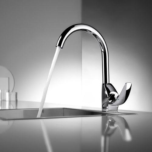 Chrome mixer tap / kitchen / 1-hole M2 ROCA