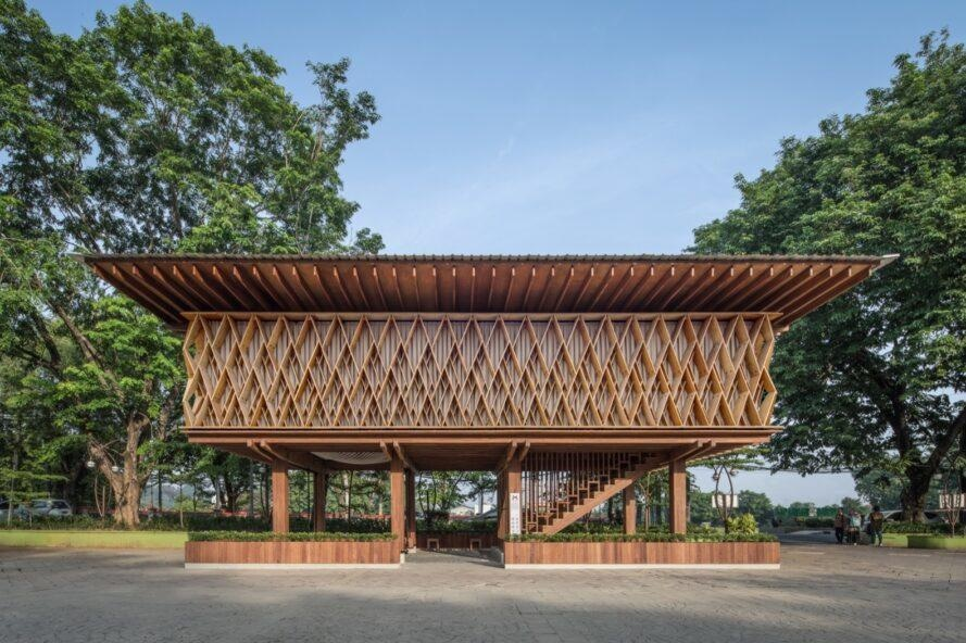 Fsc certification ensures that products come from responsibly managed forests that provide environmental, social and economic benefits. Indonesian Microlibrary Uses Prefab Fsc Certified Timber Semarang Central Java Indonesia