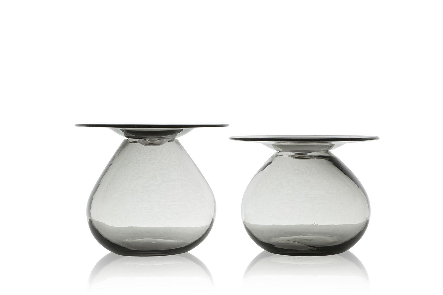 Table Basse Contemporaine En Verre Ronde Mush By Jader Almeida