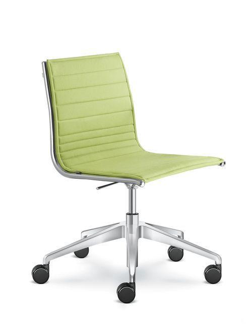 Chaise De Bureau Contemporaine Fly Ld Seating S R O A Roulettes Pietement Etoile Avec Accoudoirs