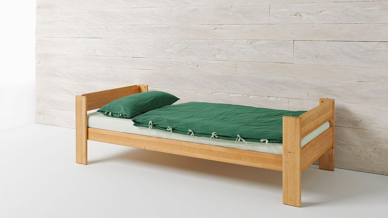 lit simple contemporain pour enfant en bois owl