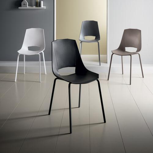 chaise contemporaine lia stosa cucine en aluminium peint en polypropylene de cuisine