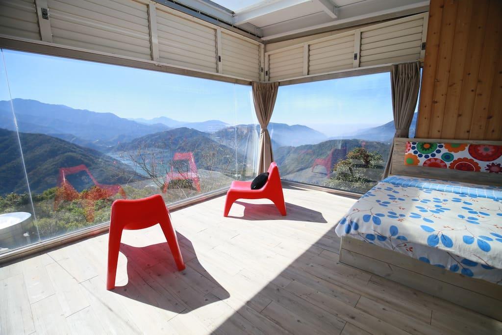 清境螢營的天空玻璃屋 | UP 無限集點