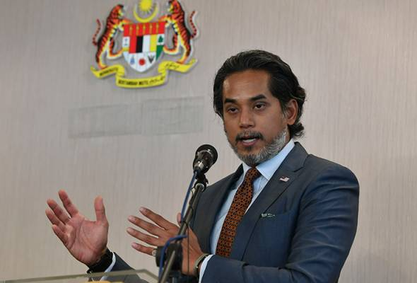 400 individuals and organisations gave input on atomic energy bill - Khairy  | Astro Awani