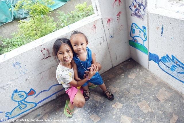 宿霧 ▌人生第一次的海外志工體驗 到貧民街去和小朋友玩 心中充實又溫暖:)