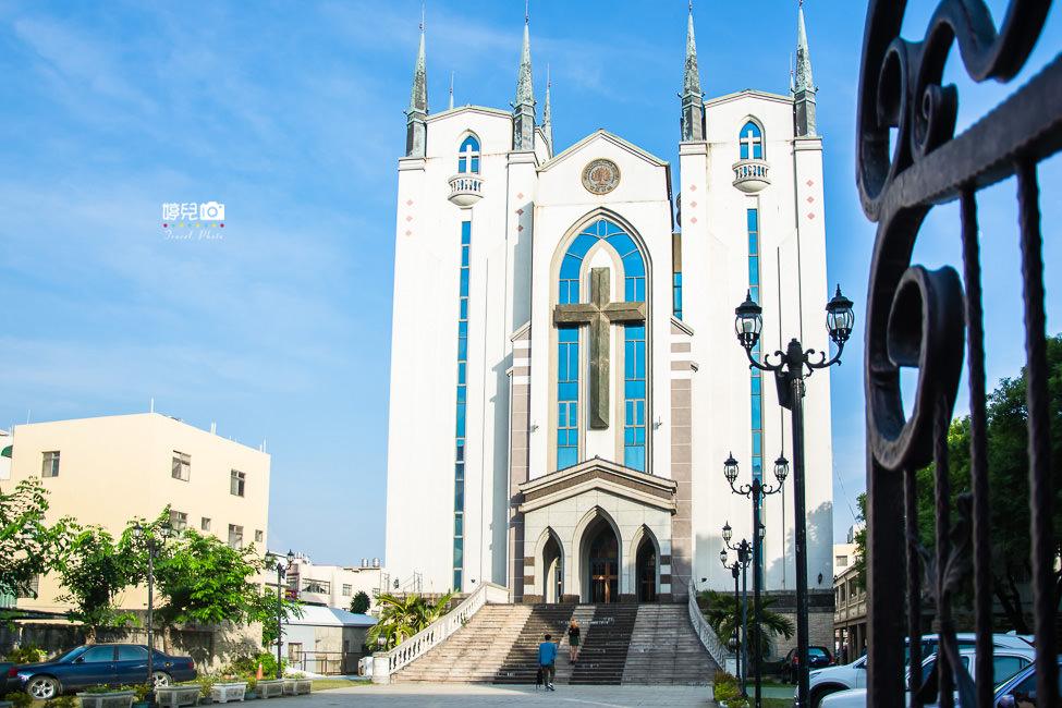 |高雄景點|鳳山基督長老教會。隱藏在街道巷弄裡的城堡 - 阿婷的旅行札記。