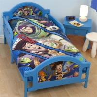 TOY STORY 'FRACTAL' JUNIOR TODDLER BED NEW BUZZ LIGHTYEAR ...
