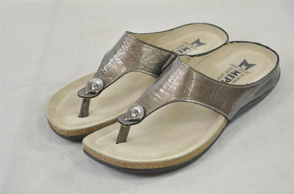 Mephisto Agacia Pewter Patent Leather Thong Sandal Flip Flop