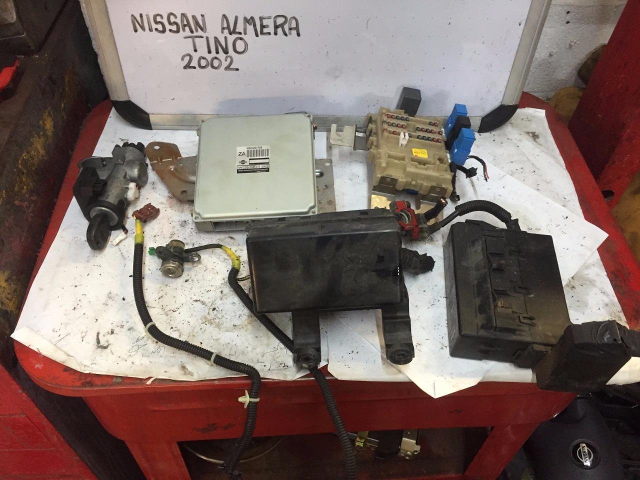 nissan almera tino radio wiring diagram honda motorcycle headlight fuse box location library