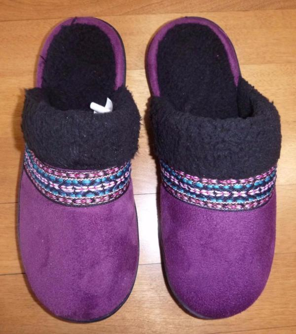 Womens Isotoner Slippers House Shoes Scuffs Size L Xl