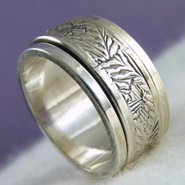 1 4 Carving Spinner Silversari Meditation Ring