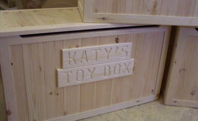Beautiful Hand Crafted Pine Wooden Toy Box Blanket Box