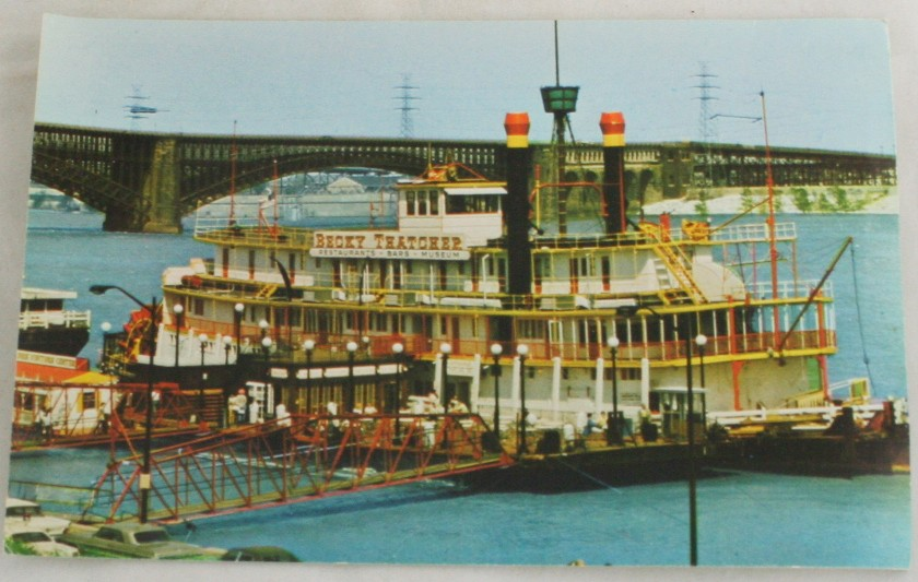 vintage postcard,St. Louis,Missouri,steamboat,Becky Thatcher