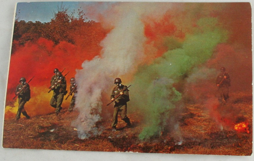 vintage postcard,military,Fort Leonard Wood,gas attack,drill
