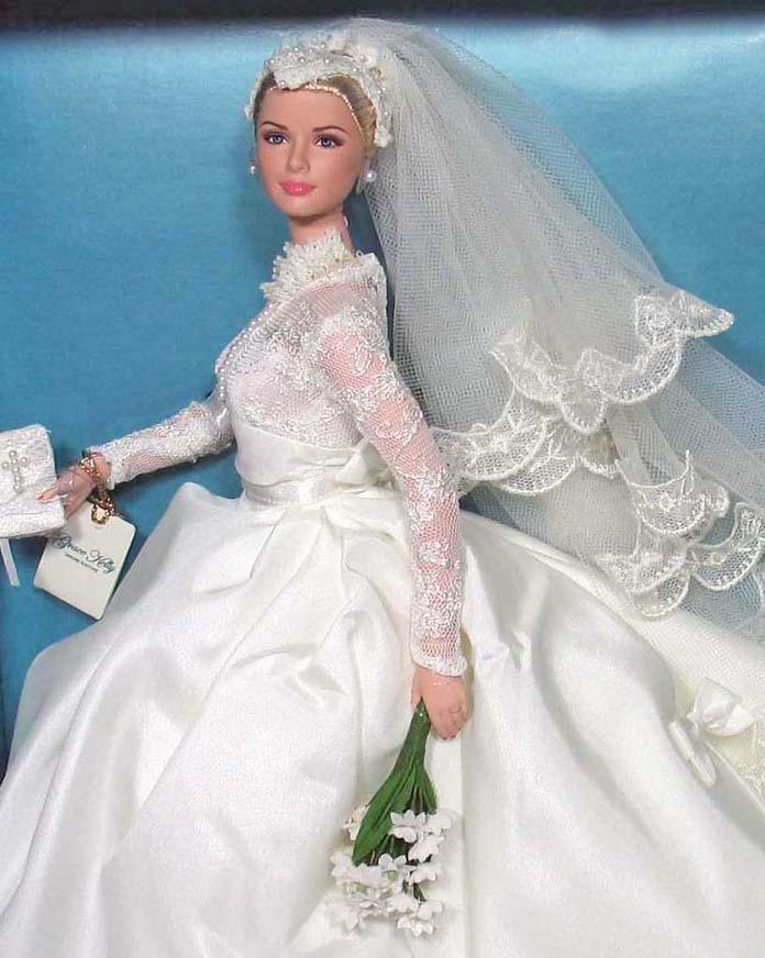 Princess GRACE KELLY The BRIDE Gold Label Silkstone