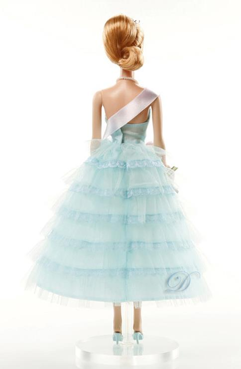 2015 BARBIE FAN CLUB EXCLUSIVE Limited Edition HOMECOMING