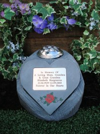 Personalised Memorial Rose Heart / Grave Marker and Flower ...