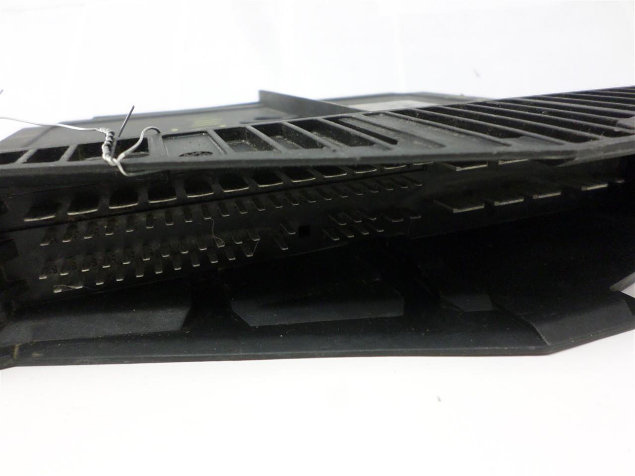 hight resolution of throttle control module mercedes benz e class 1996 1997 210 820 39 26 oem