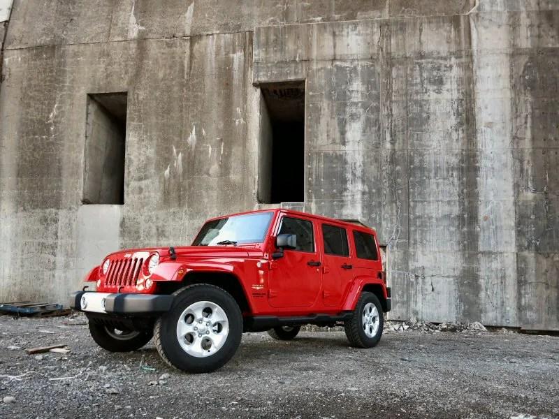 2010 Jeep Wrangler Sahara Review