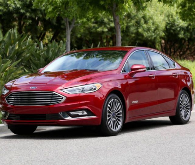 Ford Fusion Hybrid Road Test And Review