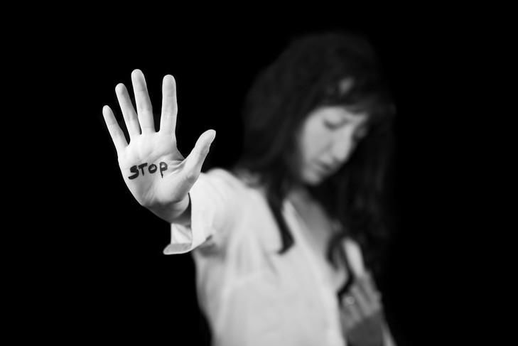Laurence Rossignol a présenté mercredi 23novembre en Conseil des ministres le 5e plan de lutte contre «toutes» les violences faites aux femmes.