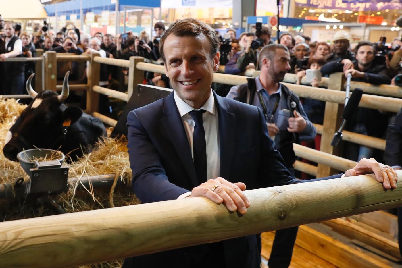 Macron  la rencontre dleveurs sceptiques au salon de lAgriculture  La Croix
