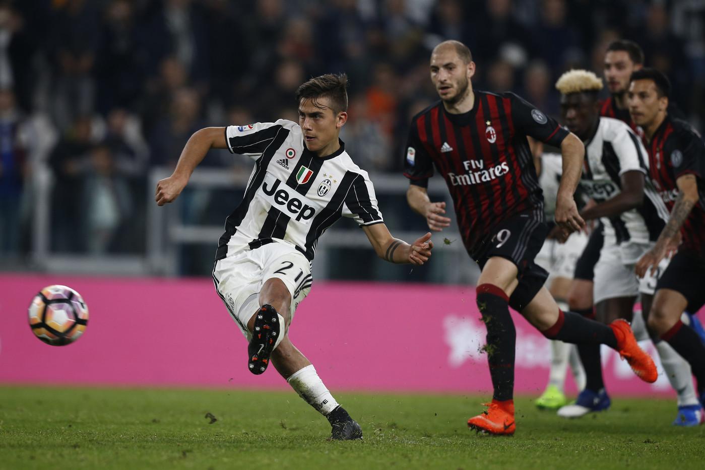 La Juventus De Turin Pour L'honneur Du Football Italien
