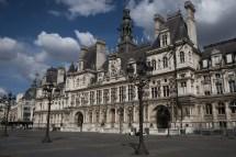 Paris Va Ouvrir Des Mairies Dont L'tel De Ville Aux Sdf