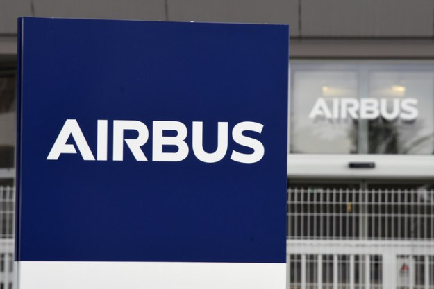 The Airbus logo photographed in front of the Blagnac site, March 7, 2018 / AFP / Archives