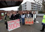 Rally of high school students in Saint Romain-en Gal (Rhône), 7 December 2018.