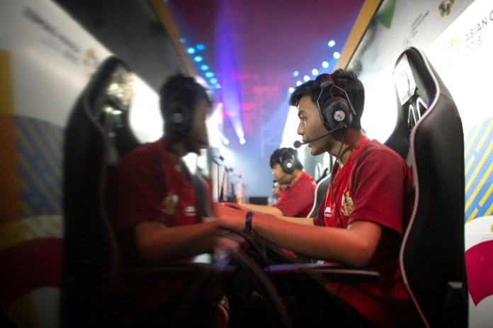 A demonstration of esports at the 2018 Asian Games / AFP / Archives