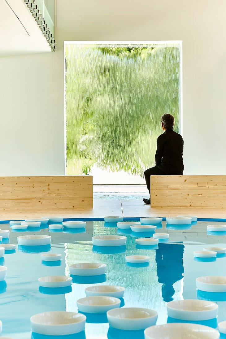 The water games of Céleste Boursier-Mougenot