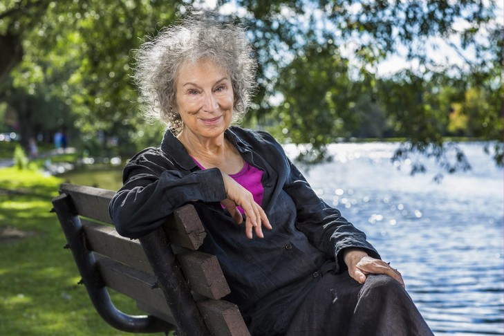 Margaret Atwood Devoile La Suite De La Servante Ecarlate