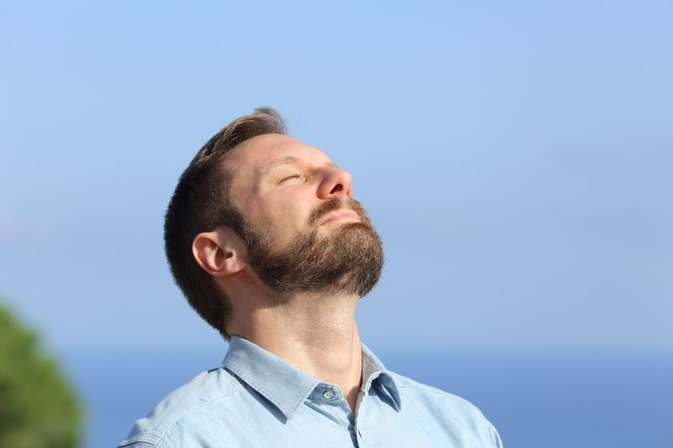 Exercises That Strengthen the Diaphragm & Abdominal Muscles to Help in the Breathing Process