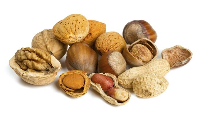 The Best Nuts for a Low-Carb Diet | LIVESTRONG.COM