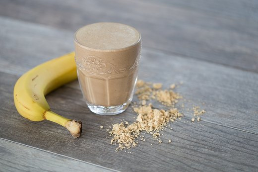 6. Peanut Butter and Chocolate Protein Shake(250-350 calories)