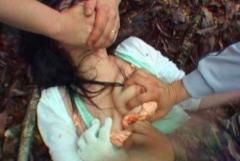 【閲覧注意】レイプ・強姦されているような女の子のエロ画像