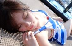 ずっと見つめていたくなる、眠れる美女の画像