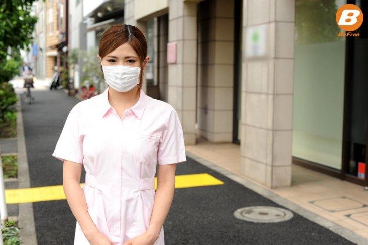 マスクをしていると美人に見えるGカップ歯科医助手のハメ撮り画像1