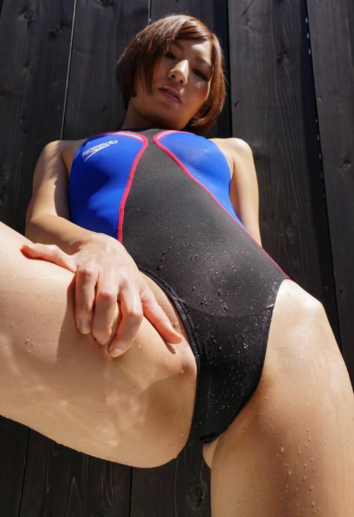 着ているだけでエロい競泳水着画像Vol.21