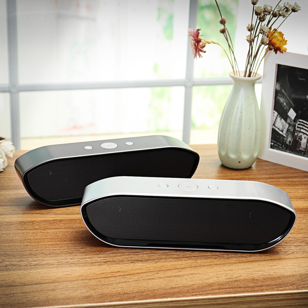 CY-01 Wireless Bluetooth Speaker 3D Stereo TF Card USB Play Outdoors Subwoofer for iPhone Xiaomi 44