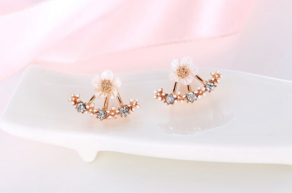 Crystal Ear Stud