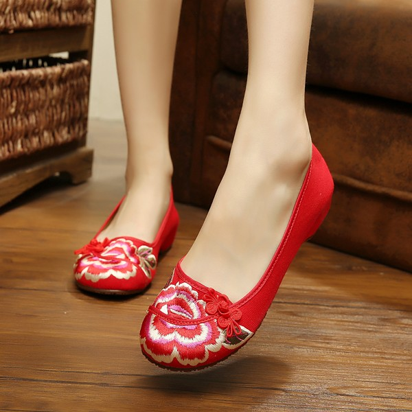 Big Size Mary Janes Chinese Embroidered Flower Flat Shoes Linen Slip-ons