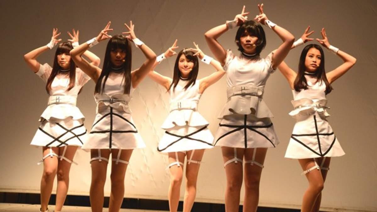 【ライブレポート】9nine、ラゾーナ川崎で「Re:」を披露 | BARKS