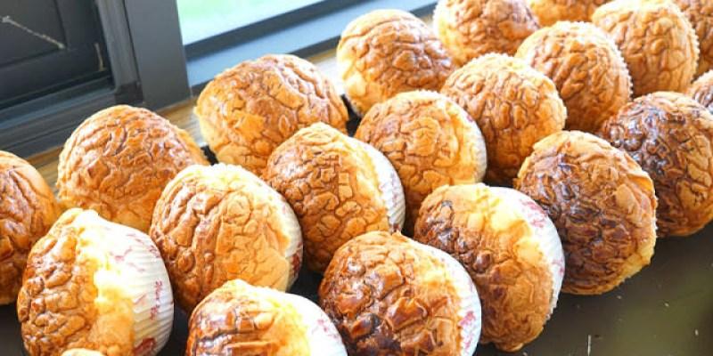 梧棲麵包店│從騎三輪車擺攤沿街叫賣到開店面的三輪車麵包坊