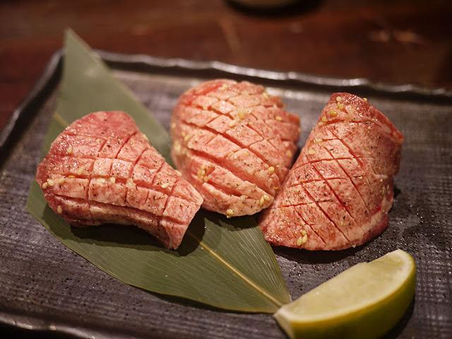 20180222171607 45 - 熱血採訪│市民大道燒肉店推薦,吳桑燒肉專人服務的高貴享受